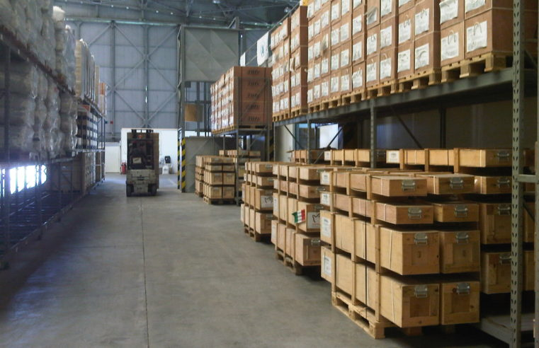 The Professionals And Cons of Warehouse Sweepers