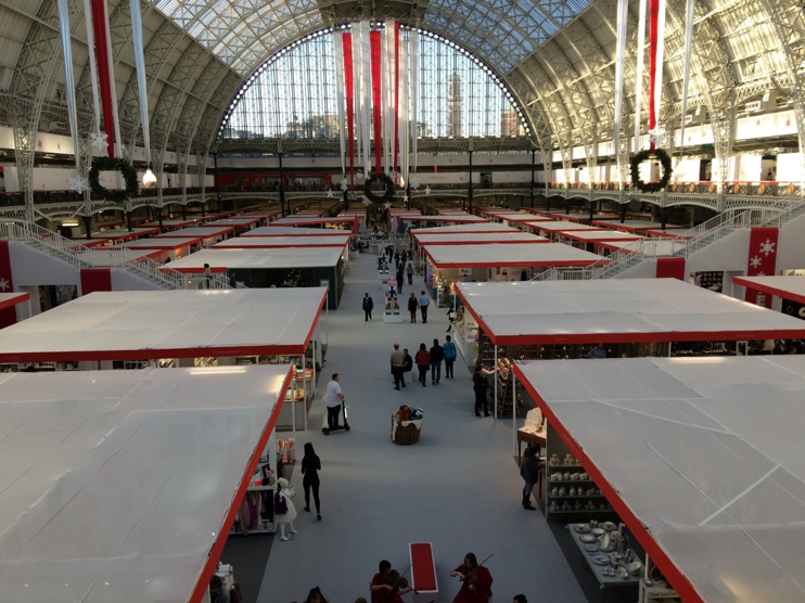 The Top Ways You Can Draw in the Crowd at a Trade Show or Exhibition